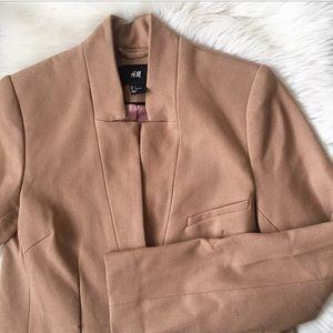 EUC H&M Inverted Collar Blazer